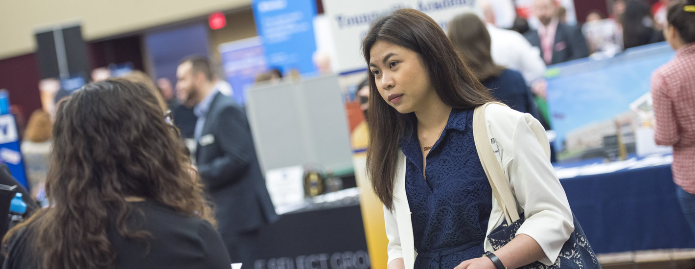 Student attends a career fair at MU