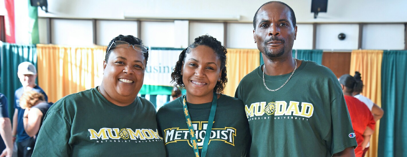 An MU student and her parents